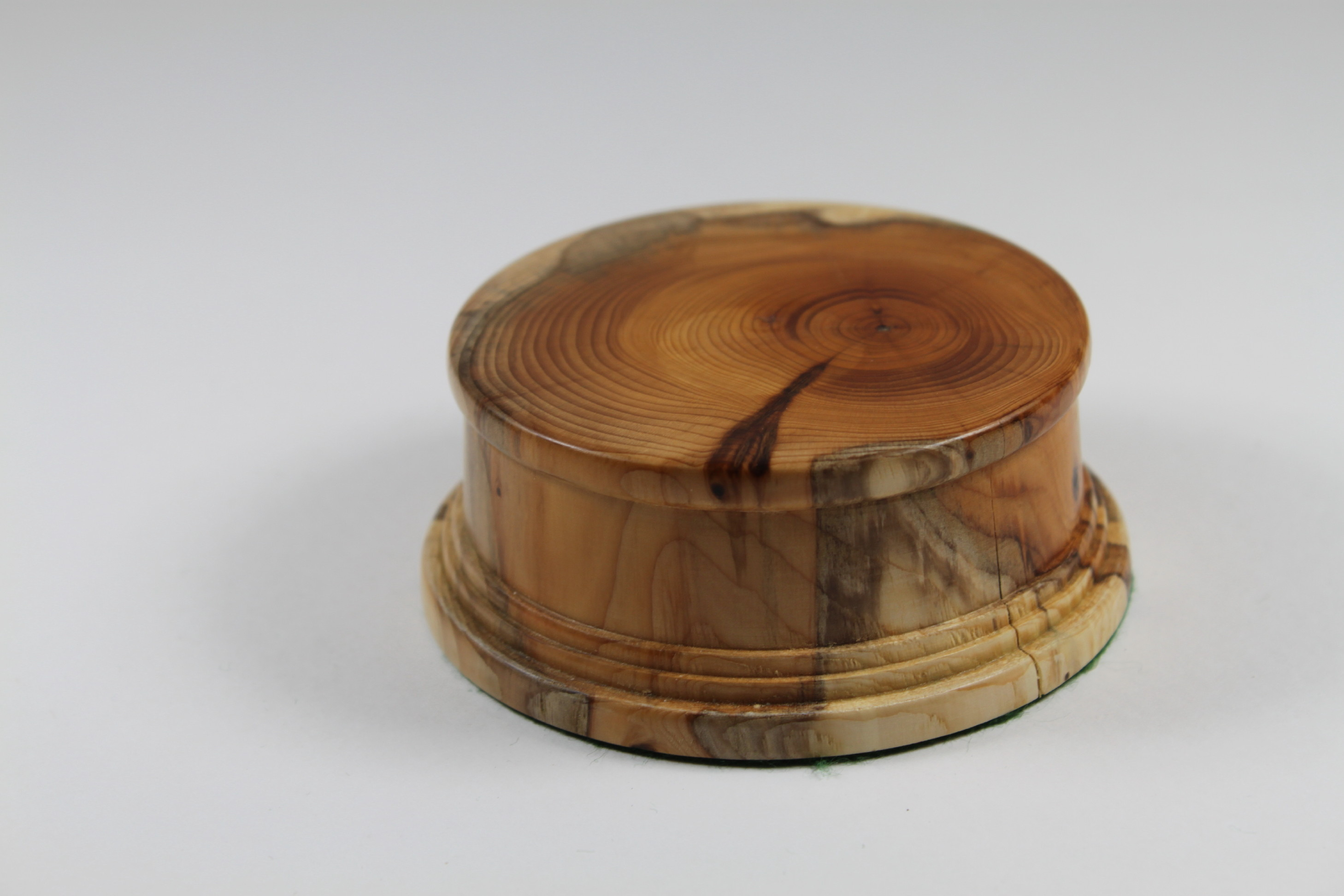 Yew solid wood Model / Trophy Base 30mm High and a display area of 70mm