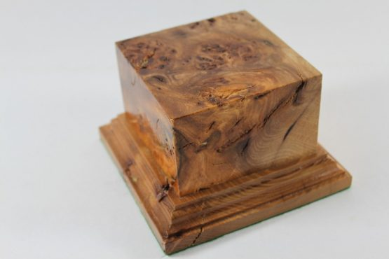 Solid Oak large Square Plinth with Burr Figuring 90mm x 90mm x 55mm High