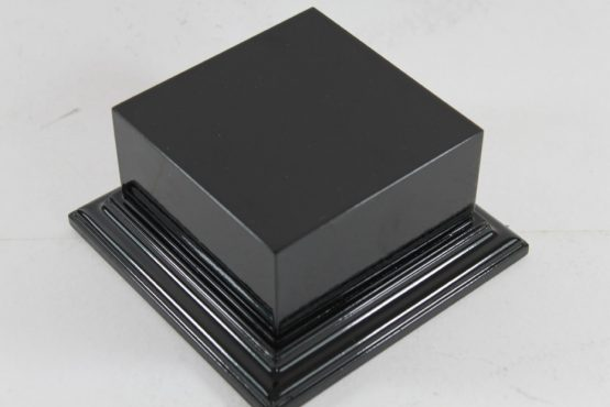 Gloss Black Square Plinth 100mm x 100mm 65mm High
