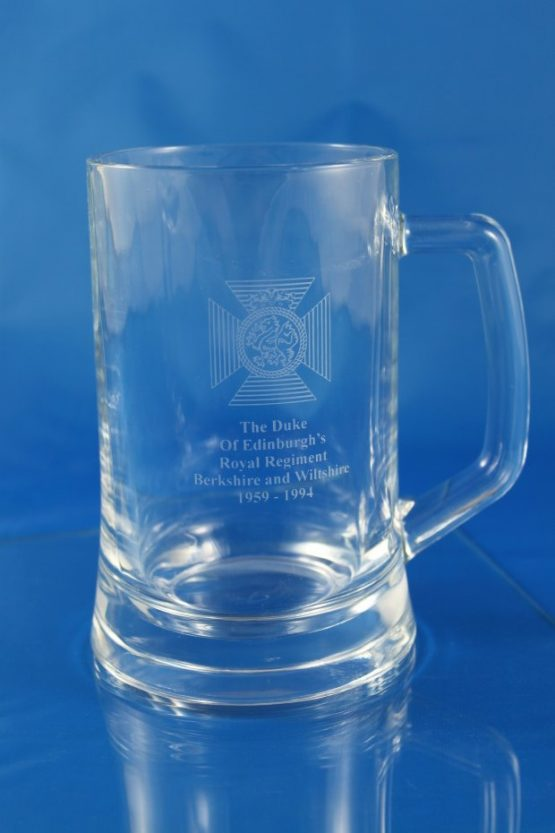 Tankard .67Ltr Plain Straight Sided Engraved with The Duke Of Edinburgh's Royal Regiment Badge