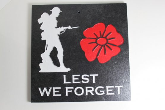 Lest we Forget Large deep engraved Slate Wall Plaque 20cm x 20cm