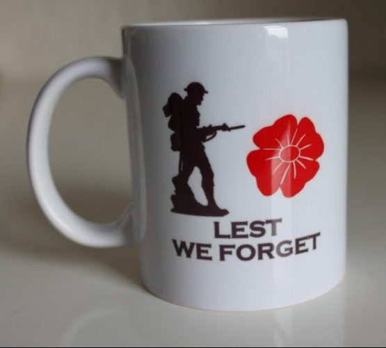 11oz White Mug Lest We Forget with Duke of Edinburgh's Royal Regiment Badge
